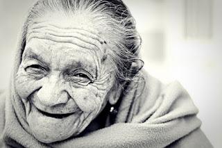 slow aging live longer