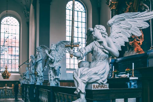 benefits of friendship with angels